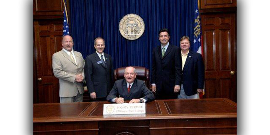 2009? Sanctuary bill signing